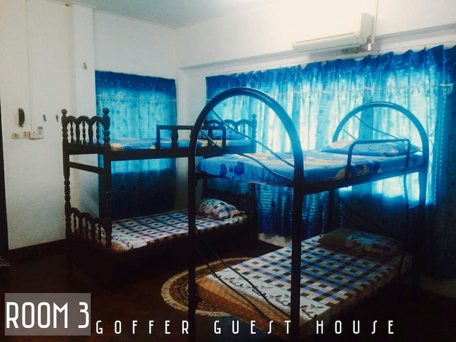 ROOM 3 ( MYR 130 ) - 3 DOUBLE DECKER - AIRCOND - TV - BATHROOM ATTACHED - ACCESS TO VERANDOR