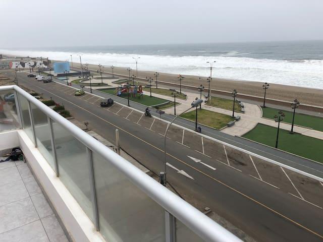 Apartamento completo frente al mar Chorrillos Lima