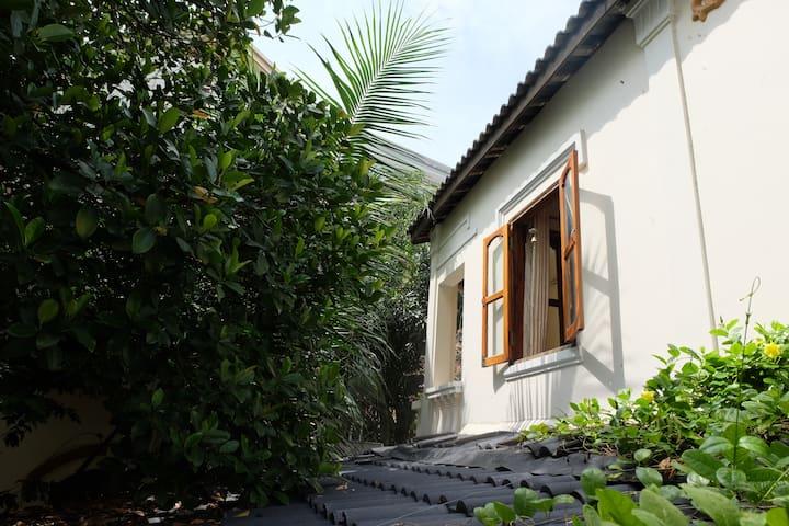 Emily house - Maldives -pure Vietnamese experience