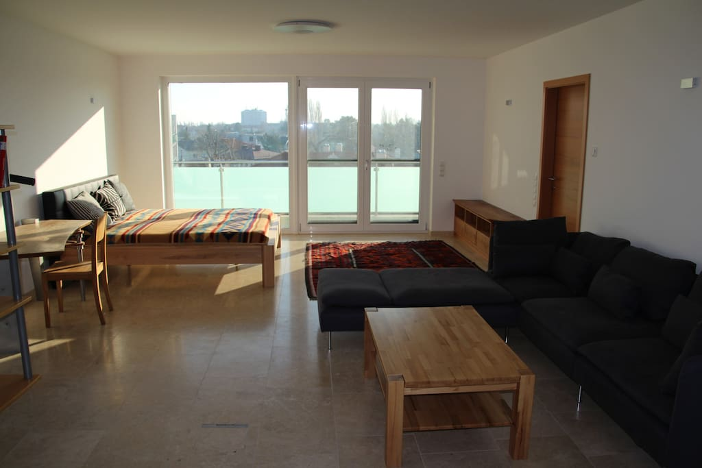 large room with 2 double beds  (180 x 200 cm)