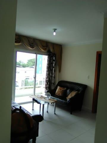 Apto Amueblado con 2 habitaciones en Residencial