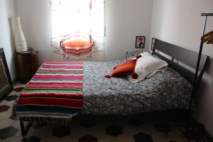 New! Private & comfortable room in a lovely house - Verona - Hus