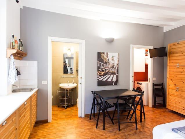 Milano's apartment Moscova