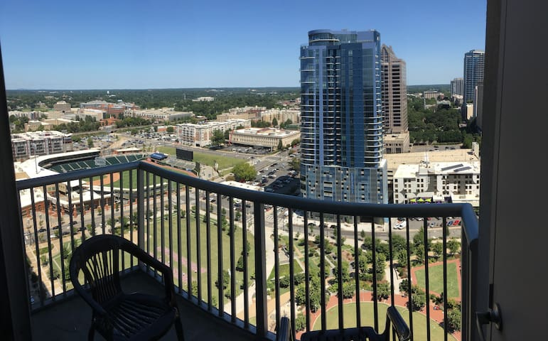 22nd Floor Uptown Awesomeness