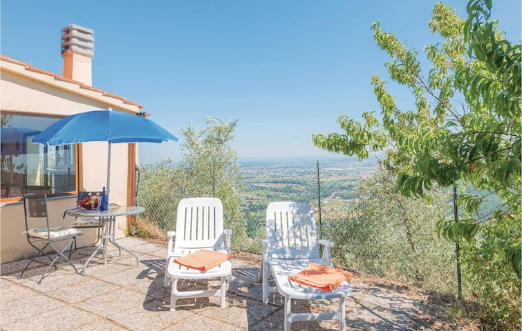 Holiday cottage with 1 bedroom on 90m² in Vicopisano PI