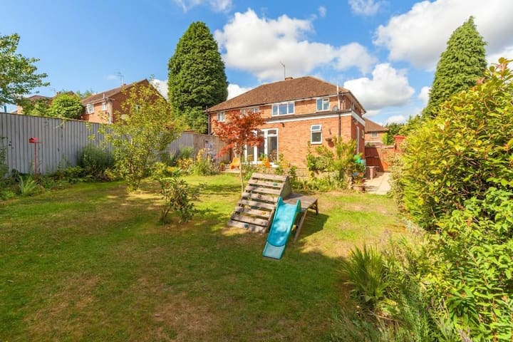 Light and spacious family home Berkhamsted - Berkhamsted - Casa