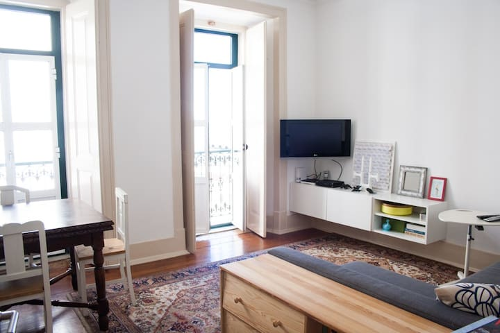 Charming apartment in city center with river view - Lisboa - Pis