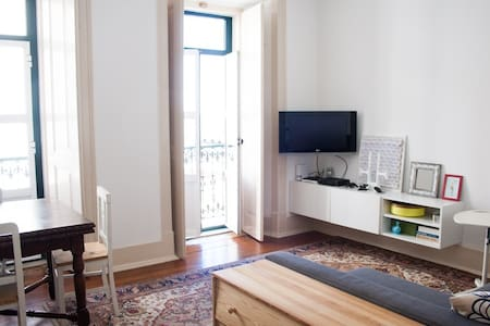 Charming apartment in city center with river view - Lisboa - Huoneisto