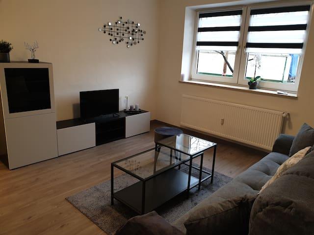 1-Flora Apartment