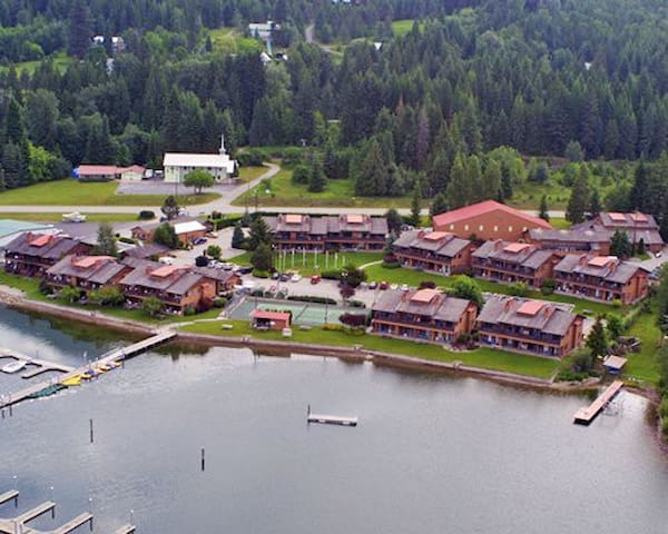 Pend Oreille Shores Resort - Hope - Condominium