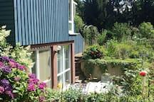 Apartment 65qm - mit Terrasse & Küche in der Natur