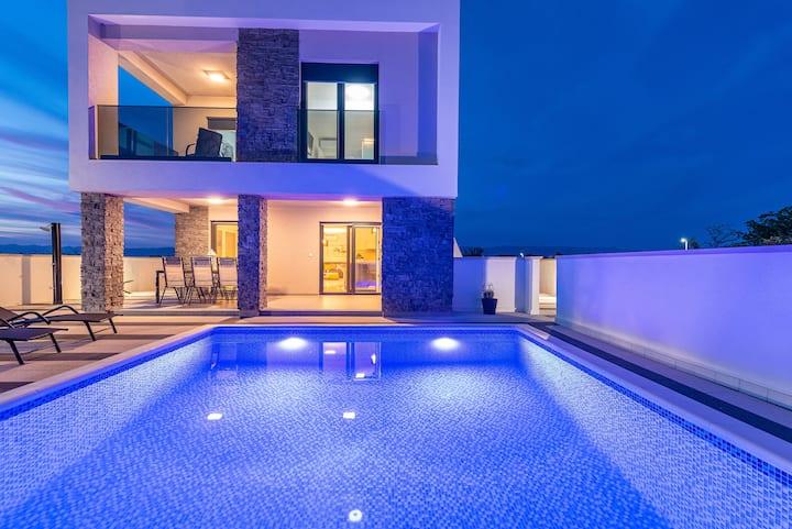 Villa Contessa-elitni turizam