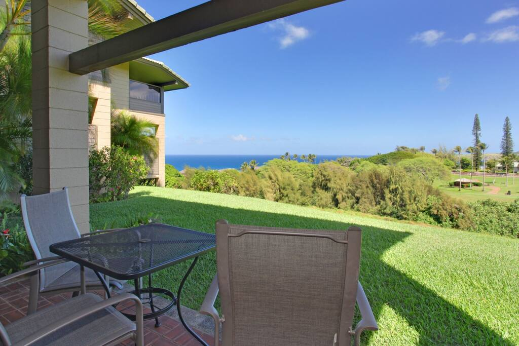 The large lanai is perfect for a moonrise or sunrise