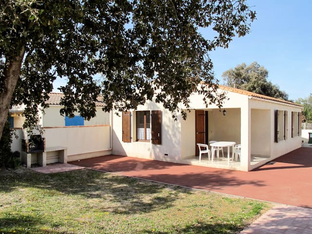 Holiday home in St. Georges d'Oléron for 5 persons