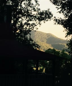 Mountain view Camping  Lake Chatuge - Hiawassee - Tent