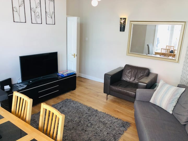 Strawberry One| Harrogate Centre| 3 Beds| Parking