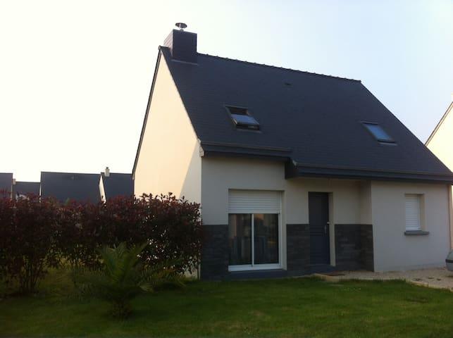 Maison contemporaine proche de la mer - Pleurtuit