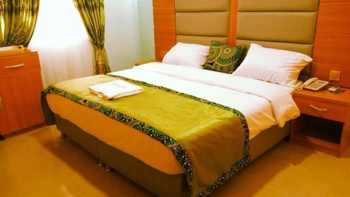 De'Bliss Gold Hotel - Luxury Suite