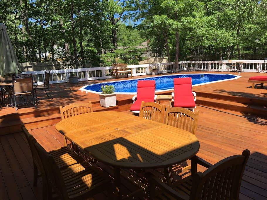 Spacious deck w/ pool