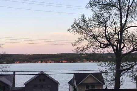 Lakeville, NY, Cozy  Cottage, Stay 7-30 days&save