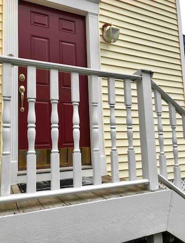 Entry Door at Back Driveway LockBox w/Key, Easy Check In