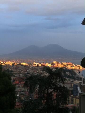 FITTASI ZONA PRESTIGIOSA PANORAMICA - Napoli - บ้าน