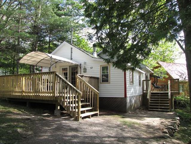Cottage #12 - Springwood Cottages