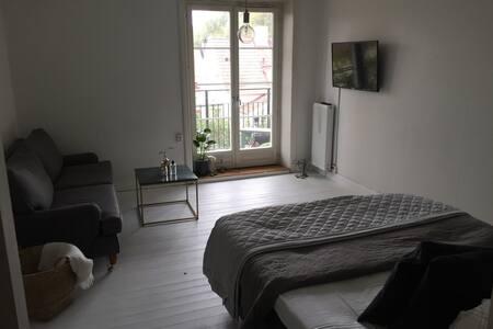 Nice apartment in gamla Enskede - Stockholm - Leilighet