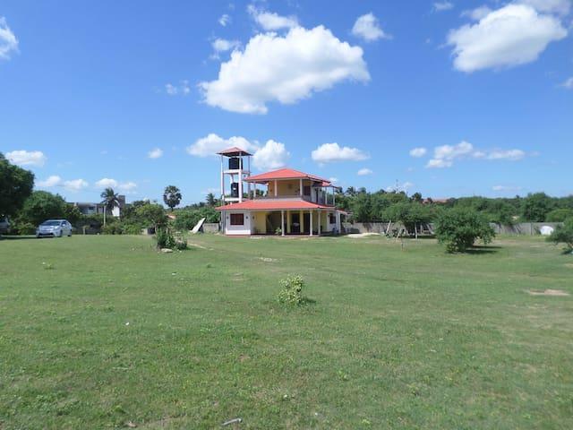 Kirinda Beach Front Hotel - Yala