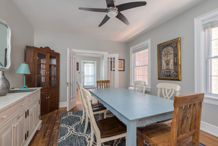 Historic Full Floor Unit In The Heart Of RVA