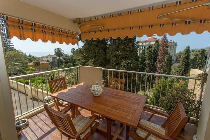 Charming three-room sea view - Menton - Pis
