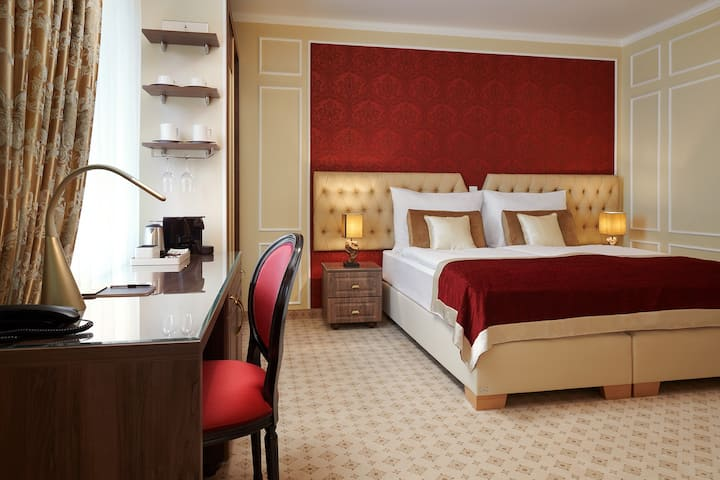 Deluxe Room in Honour and Grace Hotel