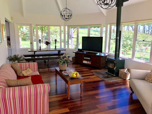 The Garden Suite - Far Meadow Lodge [Berry]