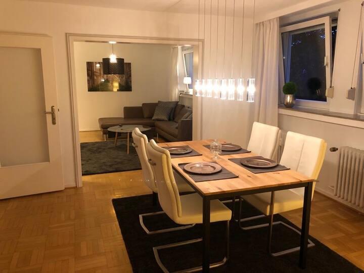 Moderne Wohnung in Bredeney nahe  Messe und E.on