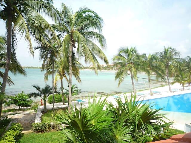 Beach front Estudio en Chac Hal Al - Puerto Aventuras - Apartemen