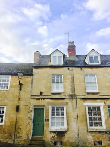 Luxury 2 bedroom cottage - Winchcombe - Kulübe