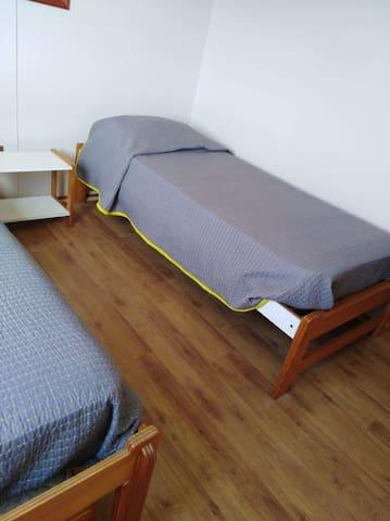Segundo dormitorio, dos camas