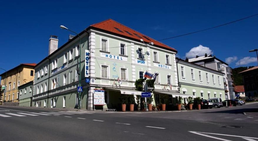 Hotel Sport - Double room - Postojna - Bed & Breakfast