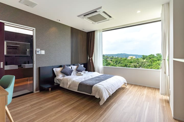 1st bedroom with double size bed
