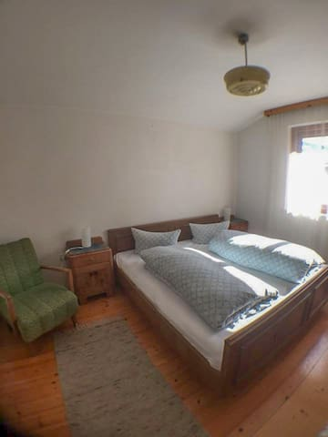 Double room, quite house in Kaltenbach, Zillertal - Kaltenbach - บ้าน
