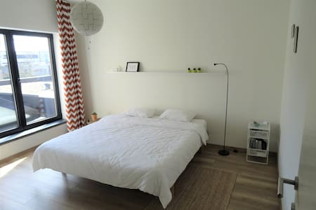 stay in our city guestroom! - Hasselt - Szeregowiec