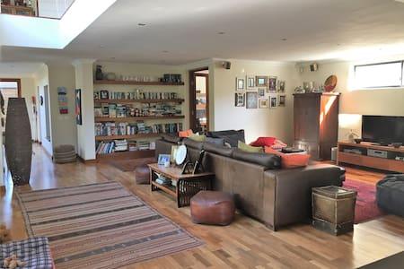 Ultra spacious Family home close to Blouberg Beach - Kaapstad