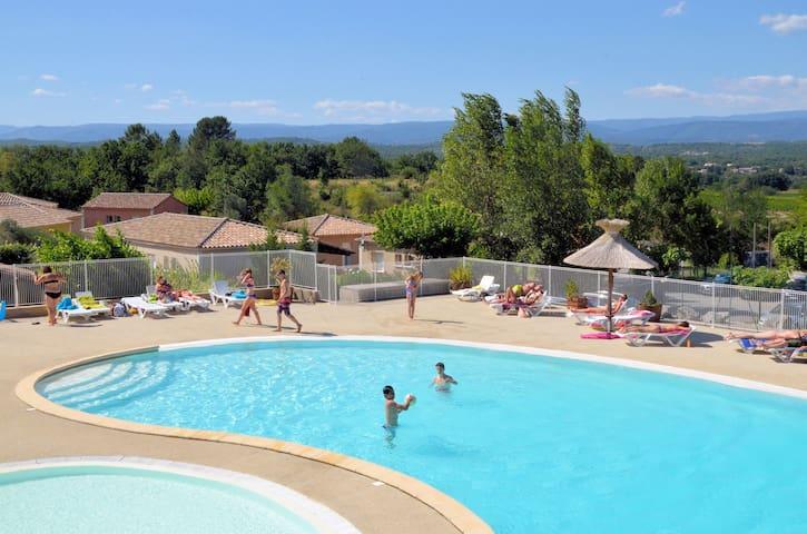 Village de gites en Ardèche méridionale avec piscine villa de 4 à 6 personnes - 01