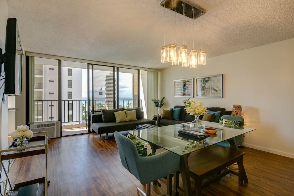1 BR 1 BA 1 FREE PARKING unit at Waikiki Banyan. The unit can accommodate up to 8 guests. 2 Full Beds in the Bedroom & 1 Full Sofa Bed & 1 Queen Size Sofa Bed in the living room. 557 living sqft. & 67 sqft.