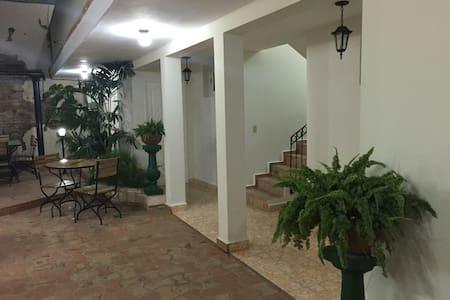Hostal Villa Maria 5 - Cienfuegos - Villa