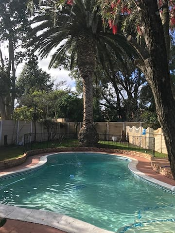 Family home 5 minutes from 2 oceans