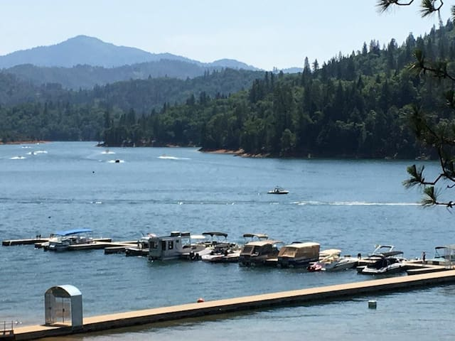 LAKEFRONT - Most Popular at Shasta