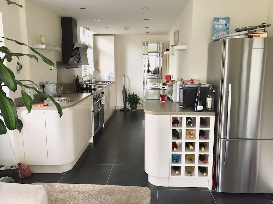 Kitchen - can be used 7-10am