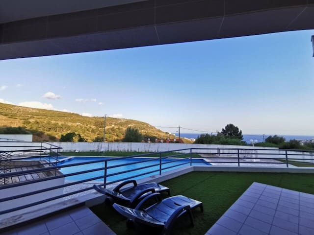Quiet Home with a View - Sesimbra