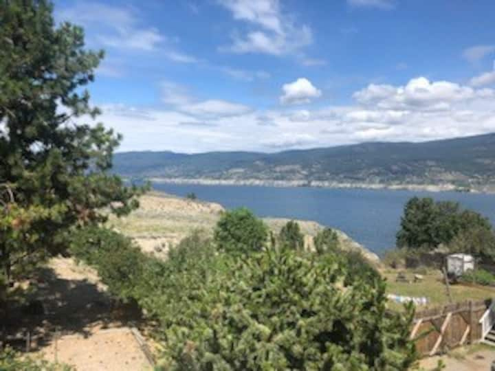 Gorgeous Lake View+5 Minutes to Downtown Penticton